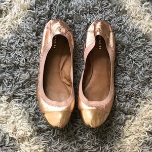 Coach Dahlia Leather Flats in rosegold size 9